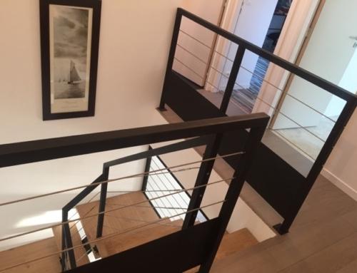 Différents types d'escalier acier / bois