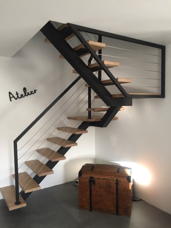 nous r alisons votre escalier h lico dal ou limon central. Black Bedroom Furniture Sets. Home Design Ideas