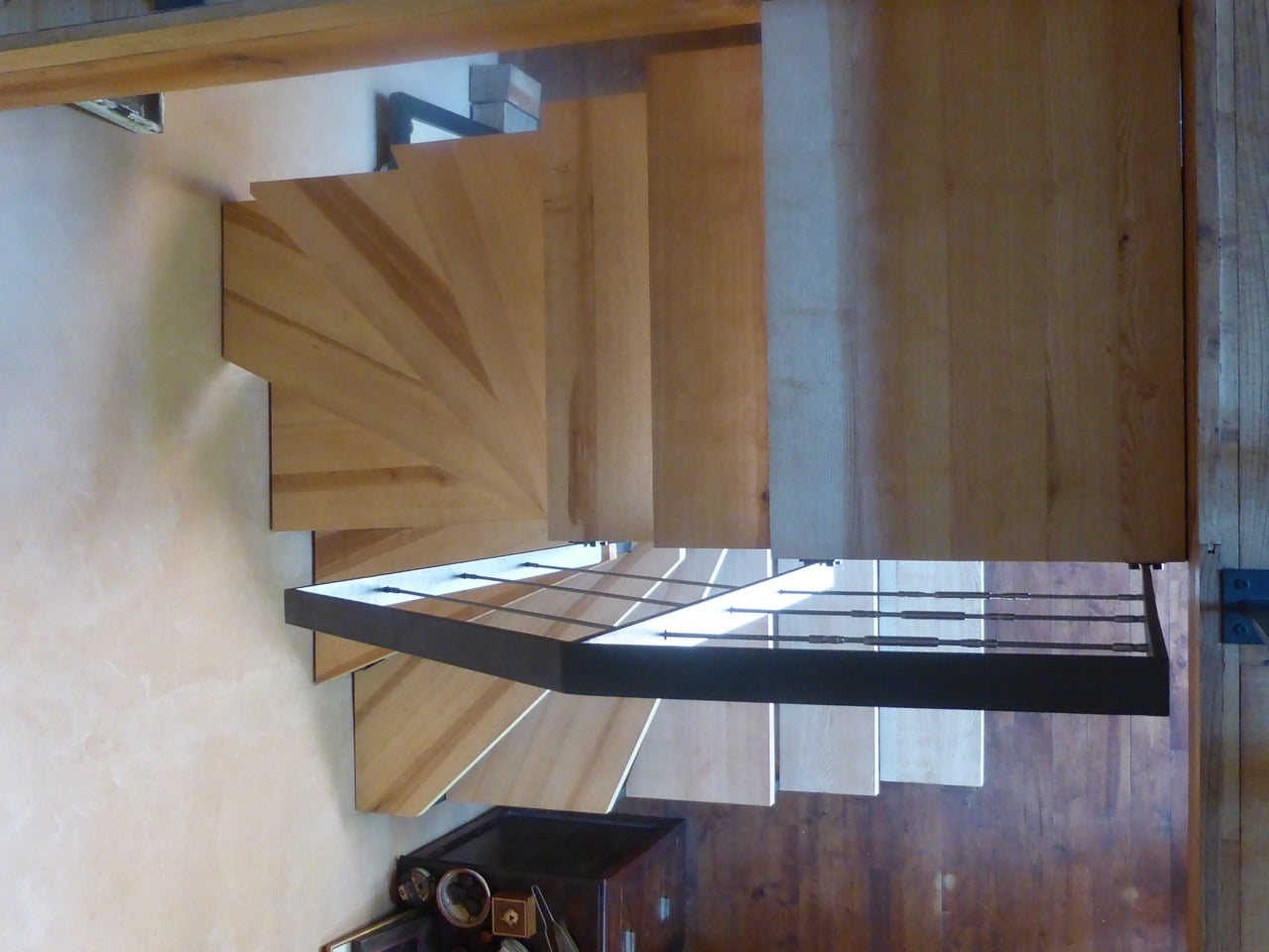 escalier colimacon3 escalier jacoby. Black Bedroom Furniture Sets. Home Design Ideas