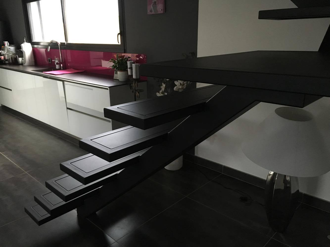 escalier escaliers acier bois quart tournant languedoc. Black Bedroom Furniture Sets. Home Design Ideas